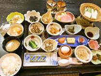 *【ご朝食一例】品数豊富で身体に優しい和定食。