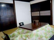 *【和室8畳(一例)】ちょっと広めのお部屋で寛いでください♪