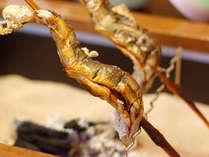 *(夕食一例)新鮮な川魚や山菜など、懐かしい田舎料理をお召し上がりください。