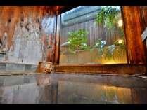 *【ひのき風呂】檜のかおりに包まれて…源泉かけ流しの癒しのお湯