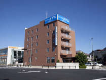 【ホテル外観】豊田ビラージはトヨタ自動車本社よりお車で5分の好立地にございます。