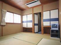 和室8畳バス・トイレ付