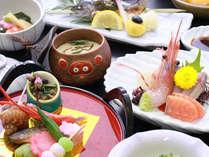 春夏秋冬その時期の地元の美味しい食材を使った約12~13品の旬会席。