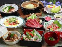 【瀬戸姫会席】あわび・牛肉・魚などバランスのよい会席料理です。