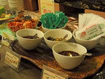 朝食バイキング ごはんに合う南幌町婦人部のなんばんみそと三升漬
