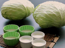 南幌町特産物「キャベツ」を使用したお豆腐とプリンは朝食バイキングにて