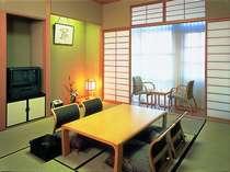 和室8畳:2~3名様までご利用いただけます。(写真は一例です)