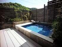 ◆さよりの間◆紺碧の専用露天風呂