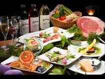 地元の食材を多く取り入れたメニューでお迎えいたします。地ワインも合せやすいメニュー構成です。
