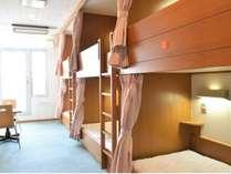 ドミトリー室6人部屋