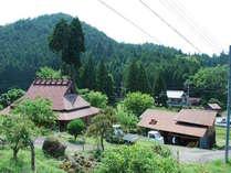 清々しい山の空気、豊かな四季を楽しんで頂けます。