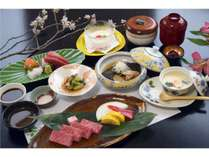 【2食付き】肉汁溢れる「白老牛陶板焼コース」! 源泉かけ流し温泉を満喫♪ <夕・朝食付>