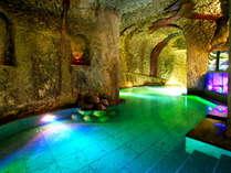 ★日本百景能登百楽荘★地下30mの洞窟風呂!ここにしかない幻想的なひとときを
