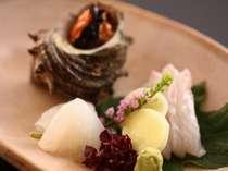 初夏の懐石~向付~漁場が近く、新鮮な旬の地魚だからうまい!!