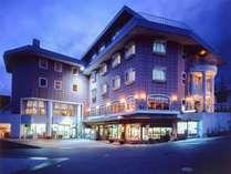 *[外観]栂池高原スキー場徒歩1分!充実の設備と美味しいお料理が人気