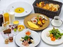 朝食イメージ(全国の提携パートナーより厳選された食材を使用した、体にやさしい朝食をご用意)