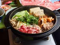 ・【「米沢牛」付コース】のすき焼き