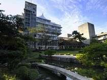 本館「天台」外観/本館(天台)は出雲大社をモチーフとした近代の名建造物