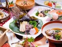 旬の海の幸のしゃぶしゃぶと日本海の魚のから揚げ、隠岐のイカ墨飯が絶品。