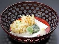 アワビや鯛のお造り、鯛しゃぶや桜海老のかき揚げなど・・・旬の料理で大満足プラン「万葉の華」