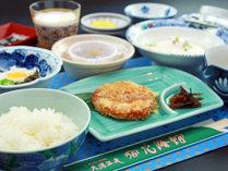 【お食事・朝食】地元ブランド米「淡雪こまち」秋田の美味しいお米は炊きたてで!