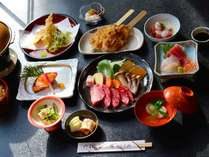 *【夕食/一例】地元の食材を活かしたお料理をお楽しみください。