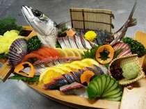 【地球上唯一の刻印◆時・逢(ジオ)足摺岬】◆【海の幸・高知家の食卓】足摺岬代表「皿鉢料理」(舟盛付)