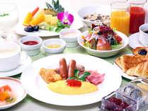 プランタン朝食[和・洋食ブッフェ] 緑の庭園を眺めながら、爽やかなモーニングタイムをお過ごしください