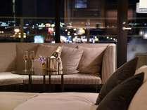 【*お部屋】夜景を眺めながら、ロマンティックなお二人だけの時間を。