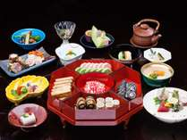 【ディナー】「琉球 Loo-Choo」にて琉中コースをご用意いたします。