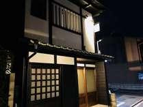 京都らしい趣きのある外観