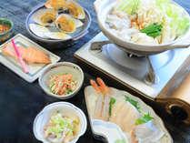 【夕食一例】素材の味を存分に生かした料理をご提供。
