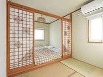 国産畳を使用した純和風のお部屋です。3名様までのご利用が可能です。