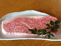 * A4ランク【宮崎牛ステーキ(※イメージ)】とろけるお肉をぜひご賞味ください♪