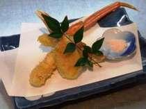 ☆彡サクサクの中に蟹の旨さがぎっしり!ホント美味いです!!カニフライw( ̄▽ ̄;)w