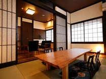 客室すずらん♪ 手前のテーブルは、樹齢800年の屋久杉使用のオーダーメイド!