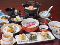 *【夕食一例(梅コース)】相模湾の幸をふんだんに使った海鮮会席です。