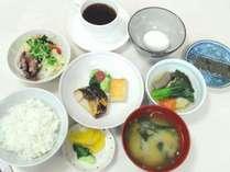 ◆和食派の方には、手作り和定食をご用意しています。