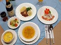 【夕食】好評のバーベキューソースのお肉料理・グラタン