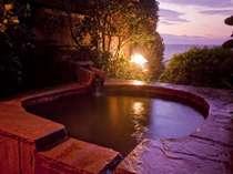 無料サービスの貸切露天風呂 4種類ありますので、お好きなのを何度でもご利用くださいませ。