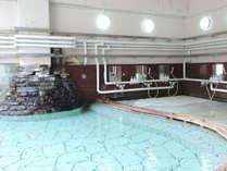 *男性大浴場/大浴場・露天風呂・釜風呂など男女合わせて12種類のお風呂がございます。