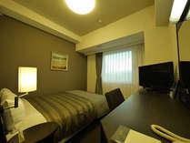大きなベッドのシングルルーム★全室LANケーブル完備だから、お仕事にも嬉しい♪