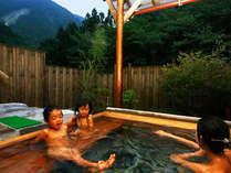 開放感溢れる露天風呂♪