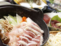 シメは、駿河軍鶏の最高の出汁を使ったうどん・・・最高です!!