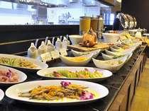 【朝食ビュッフェ】直営農家から厳選した食材のみを使用した、朝食をお召し上がりください。
