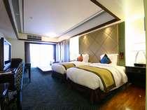 ハイフロア&ローフロアのスタンダードな客室。59平米と広々