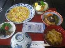 ◆朝食例◆手作りの和食をご用意致します。温かいお味噌汁にほっこり。しっかり食べて元気にご出発下さい!