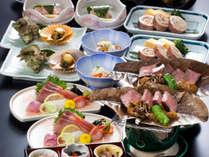 【夕食一例】隠岐の海の幸と山の幸 両方お召し上がりいただけます。