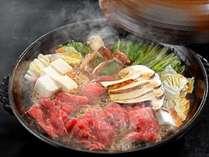 【秋のグルメプラン♪】~ご当地牛と松茸のすき焼き付~