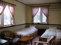 小樽の格安民宿・貸別荘・ペンション・ロッジ プチホテルろーまん